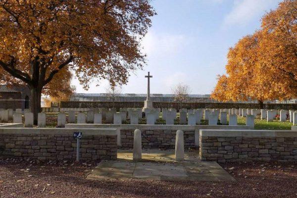 Laventie Military Cemetery, La Gorgue