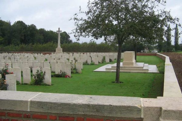 Mailly Wood Cemetery, Mailly-Maillet